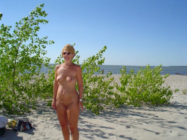 Pic #10 - Canadian Beach 57 Yr Old Wife
