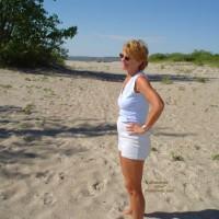Canadian Beach 57 Yr Old Wife