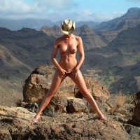 Standing Spread-eagle At The Grand Canyon - Long Legs, Nude Outdoors, Pierced Nipples, Spread Legs, Naked Girl, Nude Amateur, Spread Eagle