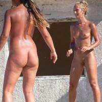 Nudist Babe