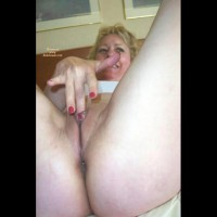 Squirting Lady