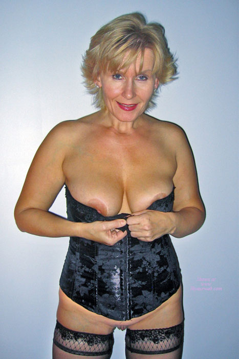 Pic #1 - Black Corset...to Be Or Not To Be? , Weekend Fun!