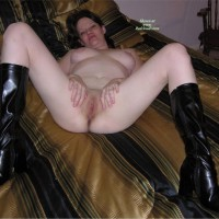 Leggy Elena Gets Fucked In Boots