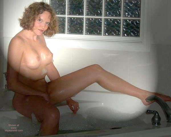 Pic #4 - HML In The Jacuzzi