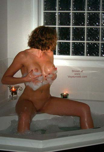 Pic #9 - HML In The Jacuzzi