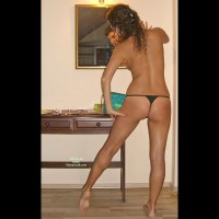 Tanned Gf With V-back Black Thong