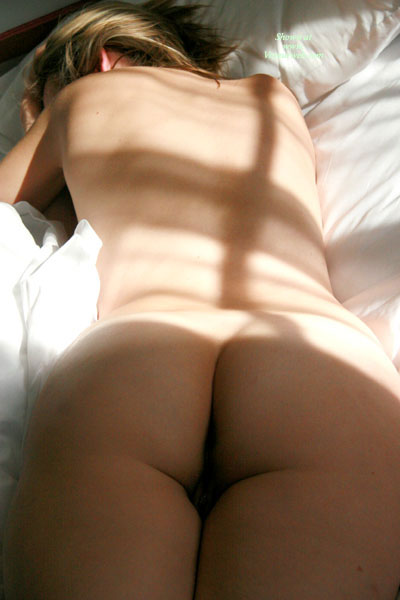 Pic #1 - Sleeping Nude - Naked Girl, Nude Amateur , Face Down On Bed, Contrasts In Colors, Butt On A Bed, Backshot, Sunrise Nude, Lying On Stomach, Hiding Face, Soft Sunlight Through Window Pane, Face Hidden By Shoulder, Nude Indoor Pose
