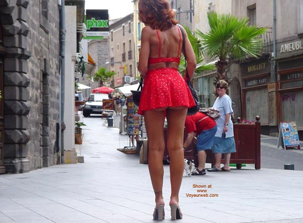 Pic #7 - Monique Flashing On The Street From France