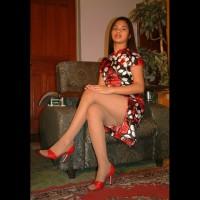 Asian Hottie Goes Pink
