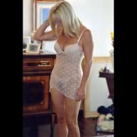 Hot Blonde @52