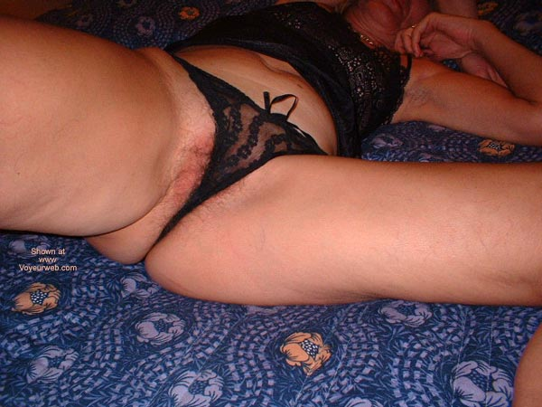 Pic #10 - Italian Lady 50 In Bed