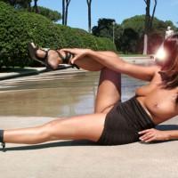 Sexylady Alla Fontana 2