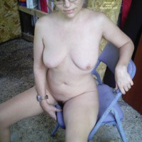 Nudist Dee, Naked All Over