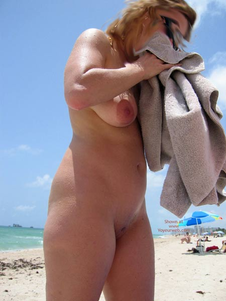 Pic #2 - Wife Made My Day At The Beach
