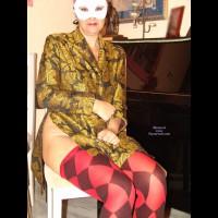 Lili Vuelve, New Poses