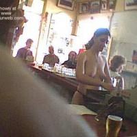 Aussie Bar Girl