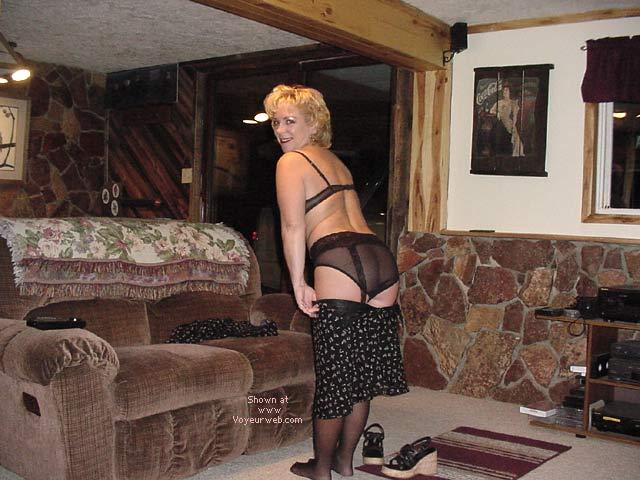 Pic #4 - Fun Luv'n Vicki Cumming Home! 1