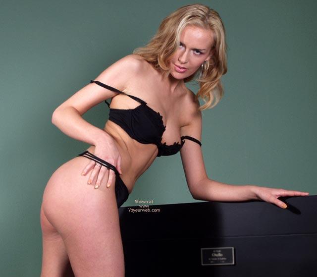 Pic #5 - Blonde`S Striptease Part I