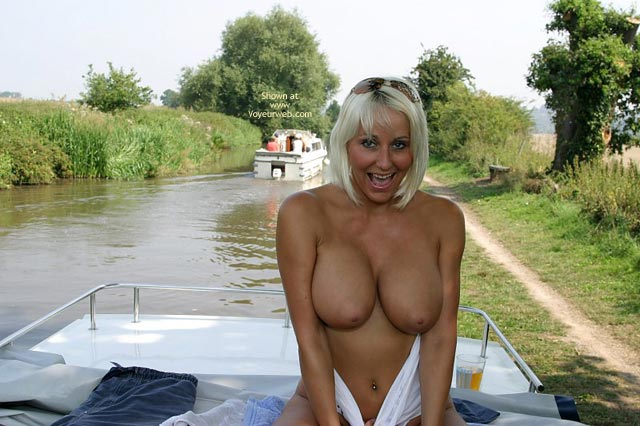 Pic #9 - Jan Boat Trip And Shaved Pussy