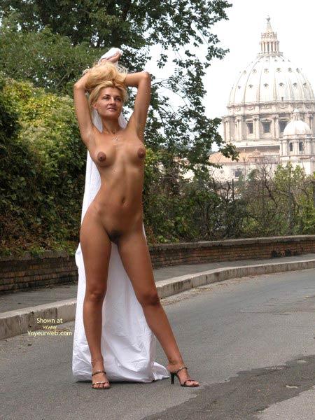 Pic #8 - Anastassia, Caput Mundi