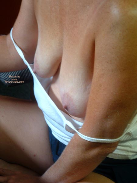 Pic #2 - She Like To Show Her Tits