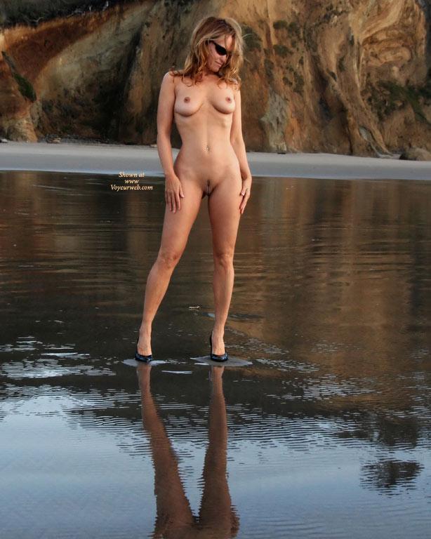 Pic #5 Sienna: Heels At Hug Beach