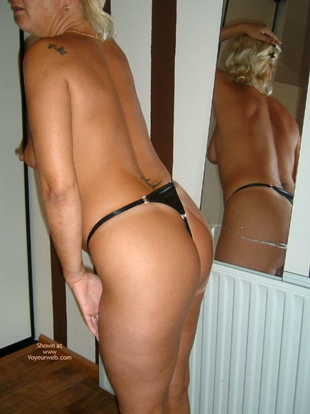 Pic #1 - *Ha 38yo Dutch In The Mirror
