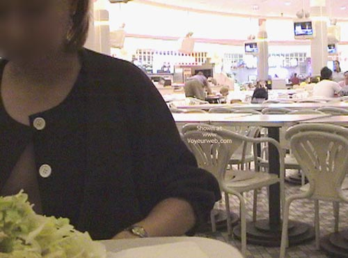 Pic #1 - My Xcheerleader At Food Court