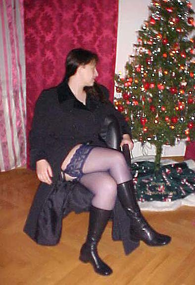 Pic #2 - *SN Erika Uncovered For Xmas and in Nylons