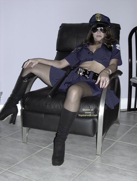 Pic #2 - *Un Cop Victoria
