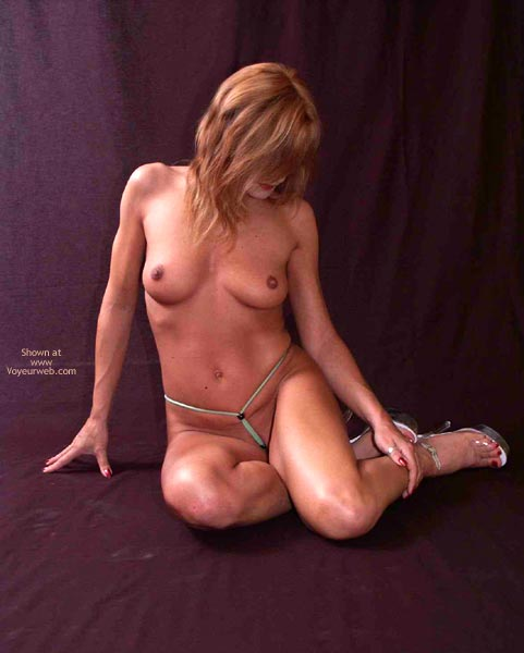 Pic #9 - Susy Rocks My Smalest G-String
