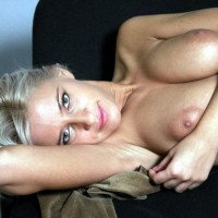 Close Up Topless Blonde Lounging Arm Under Head Arm Across Breast - Blonde Hair, Topless