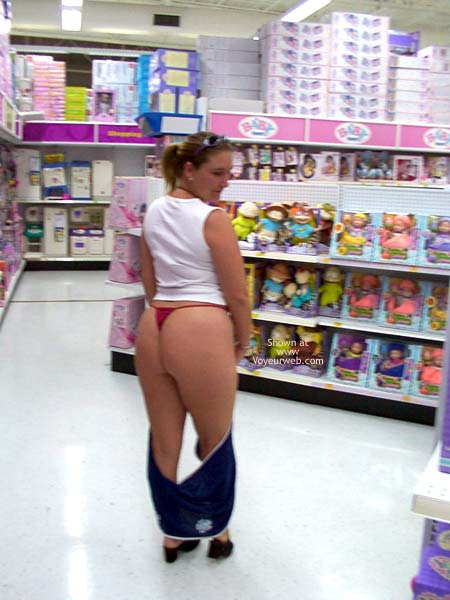 Pic #2 - Xmas Shopping