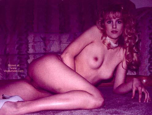 Pic #4 - Pre Boob-Job Lynette