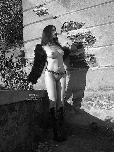 Pic #6 - Gothicbabe Sandra 30 Outdoor