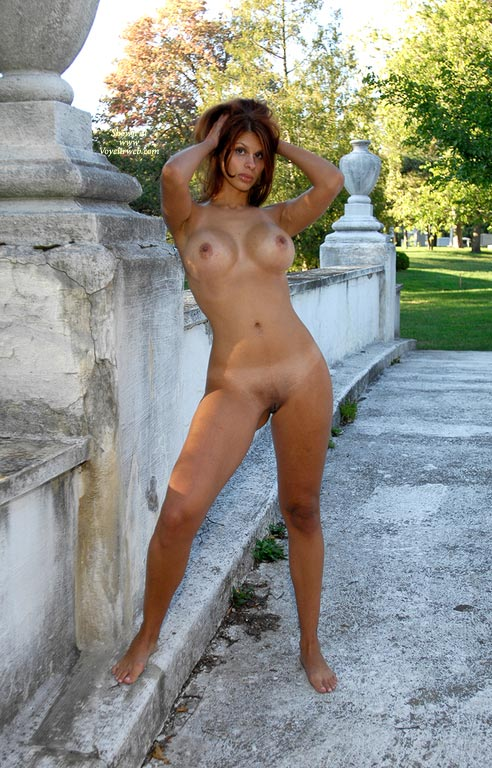 Pic #6 Darlene Afternoon In The Park, First Shoot, Part 2