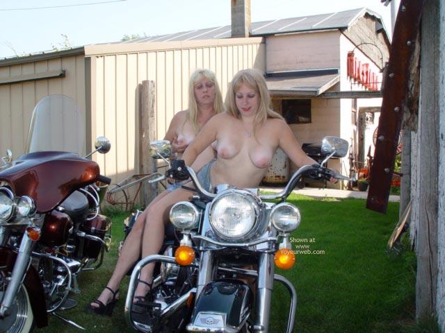 Pic #7 - Harley 100th