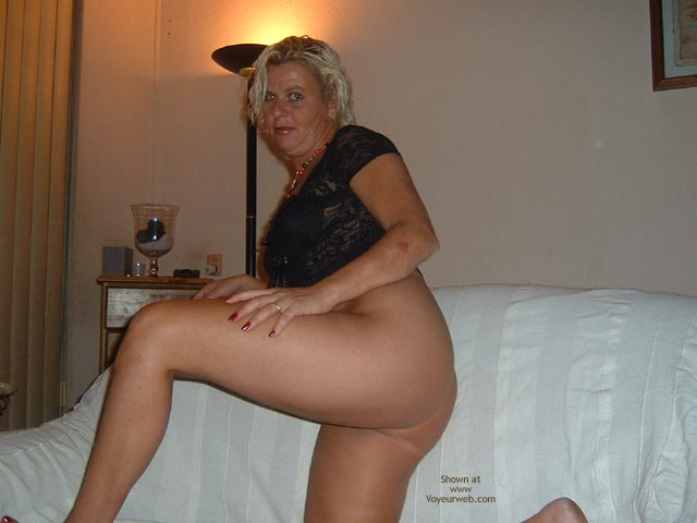 Pic #2 - 38 Yo Dutch Black Body 2