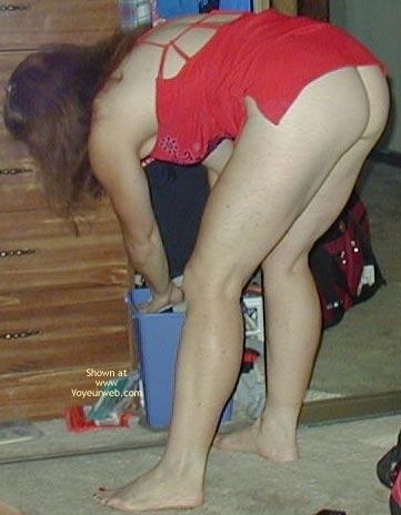 Pic #2 - Wonderful Wife Lifts Her Mini