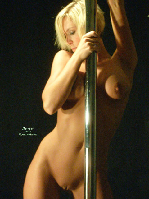 Nude photos of strip dancers agree, the