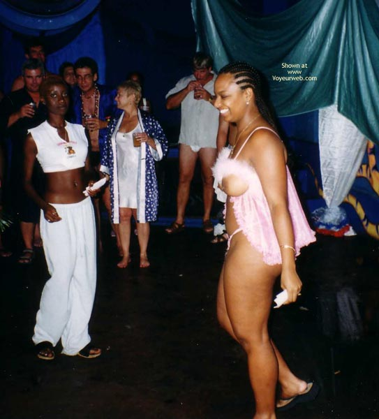 Pic #3 - Hedo Iii Party And Strip Contest