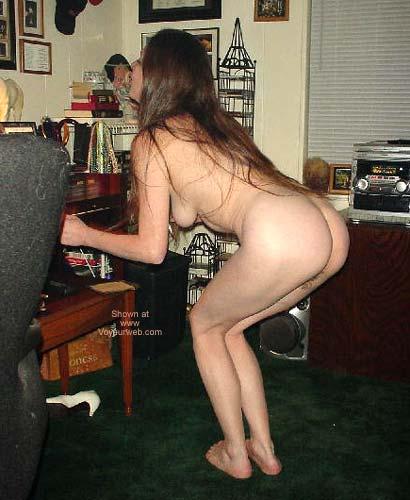 Pic #4 - Vicki's Butt