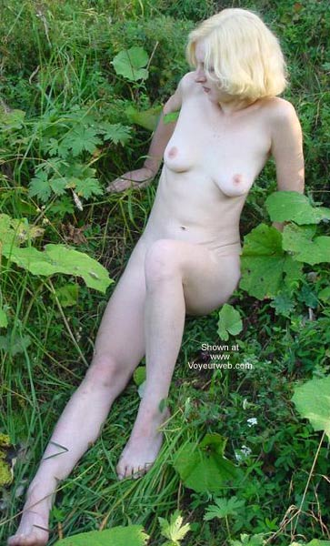 Pic #4 - Beauty White Girl in Forest