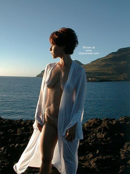 Pic #4 - Loralei Beckons Sailor