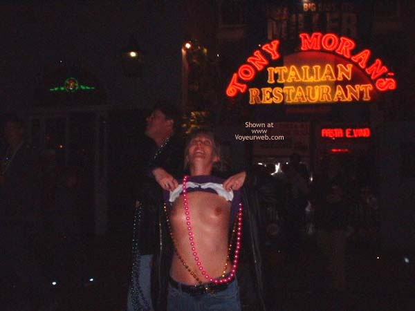 Pic #4 - Mardi Gras 2002 Contribution