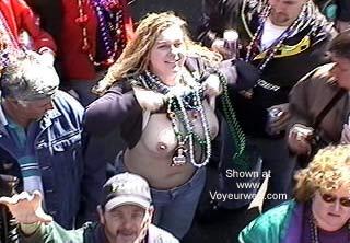 Pic #2 - Mardi Gras 2k2