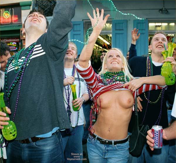 Pic #6 - Mardi Gras Happiness