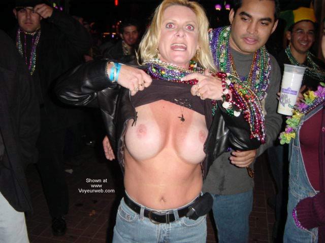 Pic #9 - Mardi Gras 2002 at Gaslamp San Diego
