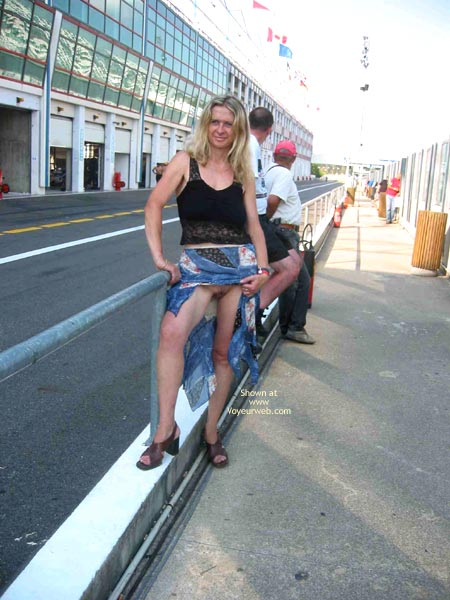 Pic #2 - *Tr Plastique In Magny Cours