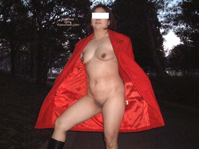 Pic #2 - Tart Exposed in The Park 2